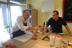 Chief Hedonist Officer AAH! i Prvi Potpredsednik za hranu AAH! u FoodLab-u